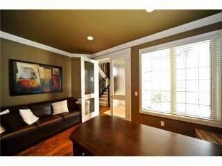 Photo 4: 11 EVERGREEN Avenue SW in CALGARY: Shawnee Slps Evergreen Est Residential Detached Single Family for sale (Calgary)  : MLS®# C3465623