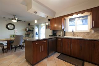 Photo 3: 4078 NAPIER Street in Burnaby: Willingdon Heights House for sale (Burnaby North)  : MLS®# R2156728