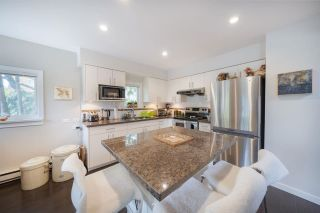 Photo 4: 888 W 68TH Avenue in Vancouver: Marpole House for sale (Vancouver West)  : MLS®# R2570704