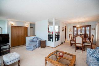 Photo 3: 169 Kildonan Meadow Drive in Winnipeg: Kildonan Meadows Residential for sale (3K)  : MLS®# 202008495