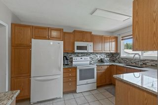 Photo 12: 2716 41 Street SW in Calgary: Glendale Detached for sale : MLS®# A1129410
