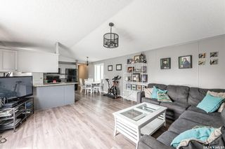 Photo 1: 120 Government Road in Dundurn: Residential for sale : MLS®# SK858917