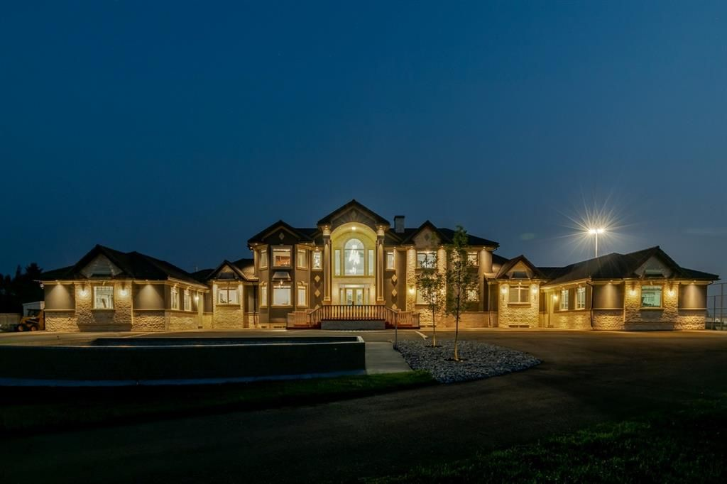 Main Photo: 15 Hilltop Cove in Rural Rocky View County: Rural Rocky View MD Detached for sale : MLS®# A1134445