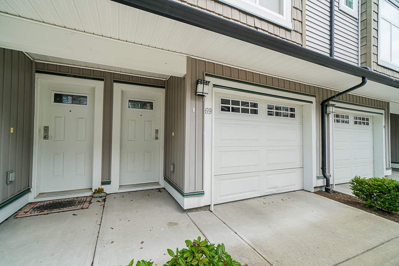 """Main Photo: 69 14356 63A Avenue in Surrey: Sullivan Station Townhouse for sale in """"MADISON"""" : MLS®# R2462624"""
