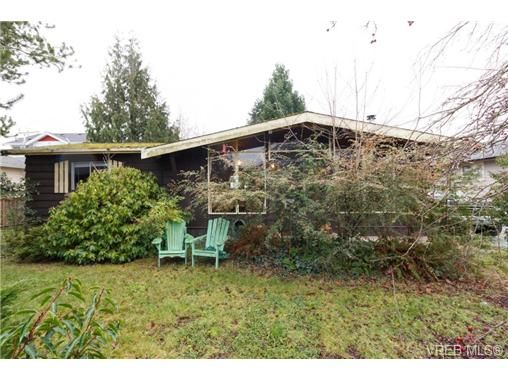 FEATURED LISTING: 2453 Orchard Ave SIDNEY
