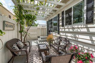 Photo 2: SAN DIEGO House for sale : 2 bedrooms : 802 Vanderbilt Pl