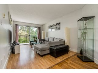 """Photo 3: 213 9952 149 Street in Surrey: Guildford Condo for sale in """"Tall Timbers"""" (North Surrey)  : MLS®# R2366920"""