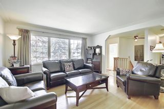 Photo 11: 30 Wakefield Drive SW in Calgary: Westgate Detached for sale : MLS®# A1136370