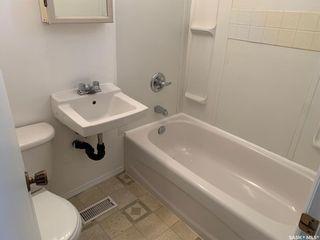 Photo 6: 840 Hochelaga Street East in Moose Jaw: Hillcrest MJ Residential for sale : MLS®# SK872456