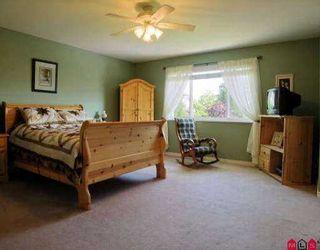 Photo 6: 21060 86TH AV in Langley: Walnut Grove House  : MLS®# F2610902