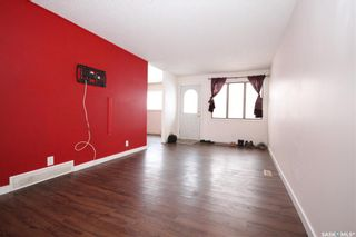 Photo 2: 2034 Queen Street in Regina: Cathedral RG Residential for sale : MLS®# SK839700