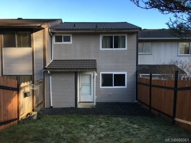Main Photo: 23 9568 Carnarvon Pl in Port Hardy: NI Port Hardy Row/Townhouse for sale (North Island)  : MLS®# 886061