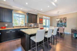 "Photo 14: 37 2925 KING GEORGE Boulevard in Surrey: King George Corridor Townhouse for sale in ""KEYSTONE"" (South Surrey White Rock)  : MLS®# R2514109"