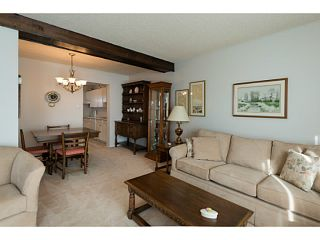 """Photo 4: 33 11551 KINGFISHER Drive in Richmond: Westwind Townhouse for sale in """"WEST CHELSEA/WESTWIND"""" : MLS®# V1044115"""