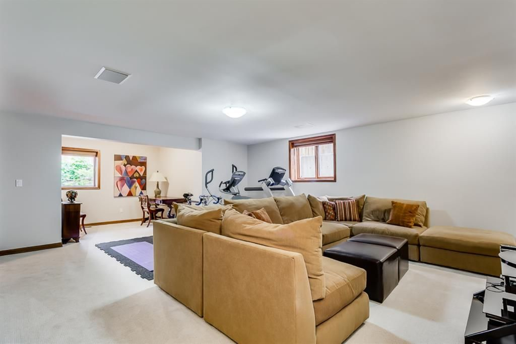 Photo 43: Photos: 831 PROSPECT Avenue SW in Calgary: Upper Mount Royal Detached for sale : MLS®# A1108724