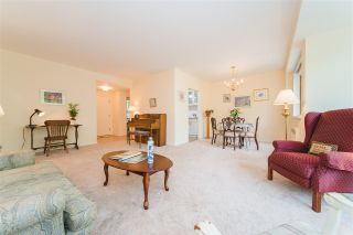 Photo 3: 307 1949 BEACH AVENUE in Vancouver: West End VW Condo for sale (Vancouver West)  : MLS®# R2420297
