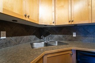 Photo 11: 205 60 38A Avenue SW in Calgary: Parkhill Apartment for sale : MLS®# A1119493