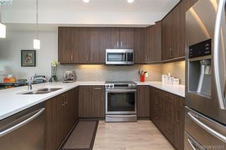 Photo 10: 1030 Boeing Close in VICTORIA: La Westhills Row/Townhouse for sale (Langford)  : MLS®# 813188