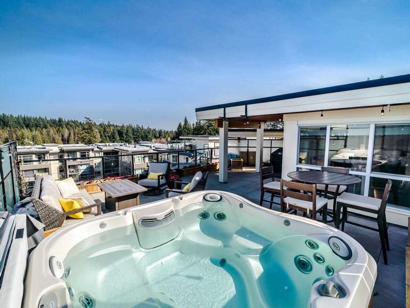 FEATURED LISTING: PH8 - 3581 ROSS Drive Vancouver
