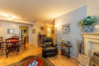 """Photo 4: 40 3087 IMMEL Road in Abbotsford: Central Abbotsford Townhouse for sale in """"Clayburn Estates"""" : MLS®# R2534077"""