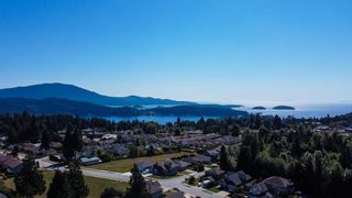 Photo 40: 886 TROWER Lane in Gibsons: Gibsons & Area 1/2 Duplex for sale (Sunshine Coast)  : MLS®# R2614643