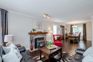 Photo 8: 10519 WOODGLEN Place in Surrey: Fraser Heights House for sale (North Surrey)  : MLS®# R2586813