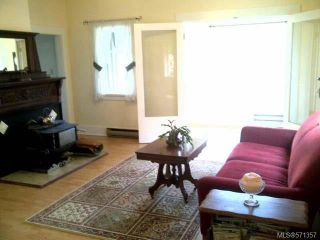 Photo 3: 1070 Marchmont Rd in DUNCAN: Du East Duncan House for sale (Duncan)  : MLS®# 571357