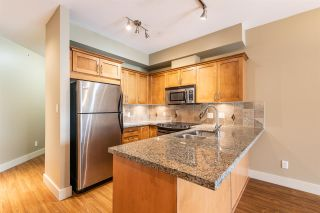 """Photo 8: 414 1336 MAIN Street in Squamish: Downtown SQ Condo for sale in """"The Artisan"""" : MLS®# R2497617"""