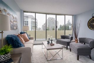 "Photo 3: 902 4300 MAYBERRY Street in Burnaby: Metrotown Condo for sale in ""TIME SQUARES"" (Burnaby South)  : MLS®# R2151858"