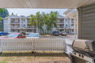 Photo 4: 105 317 Cree Crescent in Saskatoon: Lawson Heights Residential for sale : MLS®# SK864017