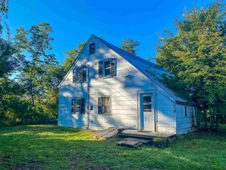 Photo 10: 8989 Highway 221 in Sheffield Mills: 404-Kings County Farm for sale (Annapolis Valley)  : MLS®# 202125783