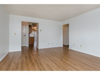 """Photo 14: 49 32959 GEORGE FERGUSON Way in Abbotsford: Central Abbotsford Townhouse for sale in """"Oakhurst"""" : MLS®# R2252811"""