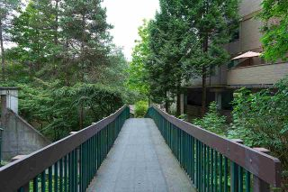 """Photo 19: 101 9152 SATURNA Drive in Burnaby: Simon Fraser Hills Townhouse for sale in """"MOUNTAINWOOD"""" (Burnaby North)  : MLS®# R2034385"""