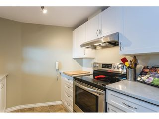 """Photo 8: 502 15111 RUSSELL Avenue: White Rock Condo for sale in """"Pacific Terrace"""" (South Surrey White Rock)  : MLS®# R2597995"""
