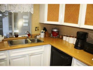 """Photo 7: 217 3875 W 4TH Avenue in Vancouver: Point Grey Condo for sale in """"LANDMARK JERICHO"""" (Vancouver West)  : MLS®# V814610"""