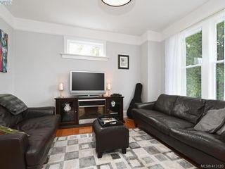 Photo 2: 489 Swinford St in VICTORIA: Es Saxe Point House for sale (Esquimalt)  : MLS®# 819230