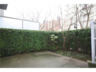 Photo 7: 688 CITADEL PARADE in Vancouver: Downtown VW Townhouse for sale (Vancouver West)  : MLS®# V1047905