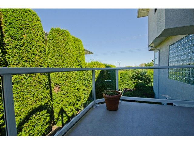 "Photo 14: Photos: 336 ROSEHILL Wynd in Tsawwassen: Pebble Hill House for sale in ""PEBBLE HILL"" : MLS®# V1074042"