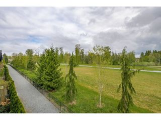 """Photo 20: 17 15717 MOUNTAIN VIEW Drive in Surrey: Grandview Surrey Townhouse for sale in """"Olivia"""" (South Surrey White Rock)  : MLS®# R2572266"""