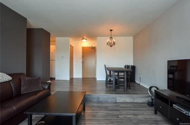 Photo 3: Photos: 5308 173 Victor Lewis Drive in Winnipeg: Linden Woods Condominium for sale (1M)  : MLS®# 1811338