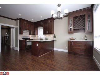 """Photo 3: 21051 80A AV in Langley: Willoughby Heights House for sale in """"Yorkson South"""" : MLS®# F1205658"""