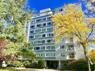 "Photo 1: 604 6076 TISDALL Street in Vancouver: Oakridge VW Condo for sale in ""THE MANSION HOUSE ESTATES LTD"" (Vancouver West)  : MLS®# R2512974"
