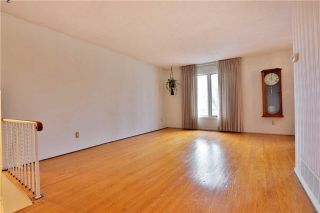 Photo 3: 2386 Wyandotte Drive in Oakville: Bronte West House (Bungalow-Raised) for sale : MLS®# W3704029