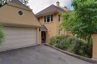 Photo 83: 1524 Shasta Pl in Victoria: Vi Rockland House for sale : MLS®# 882939