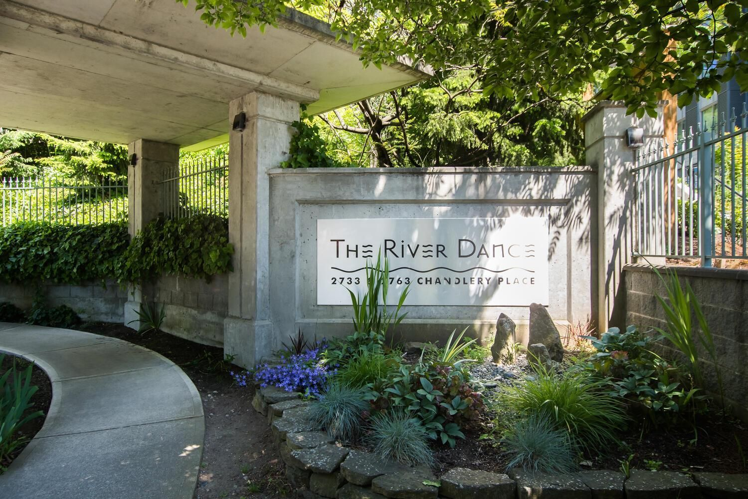 """Main Photo: 310 2763 CHANDLERY Place in Vancouver: South Marine Condo for sale in """"RIVER DANCE"""" (Vancouver East)  : MLS®# R2595307"""