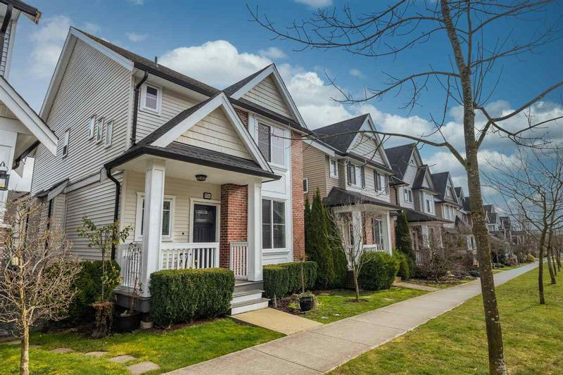 FEATURED LISTING: 6760 193B Street Surrey