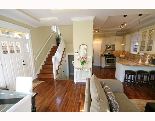 Photo 4: Photos: 3530 W 5TH Avenue in Vancouver: Kitsilano 1/2 Duplex for sale (Vancouver West)  : MLS®# V701973