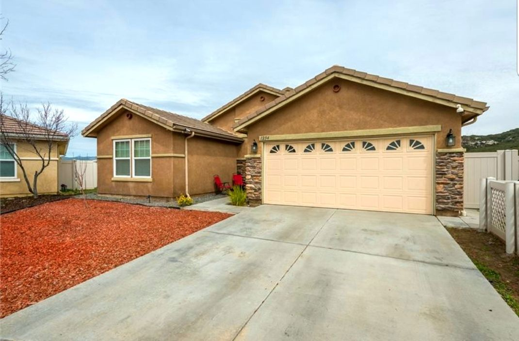 Main Photo: Detached for sale: 1254 Duckweed Trl in Campo