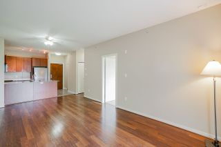 "Photo 5: 407 5885 IRMIN Street in Burnaby: Metrotown Condo for sale in ""Macpherson Walk"" (Burnaby South)  : MLS®# R2500930"