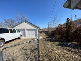 Photo 10: 95 Euclid Avenue in Winnipeg: Point Douglas Residential for sale (4A)  : MLS®# 202107234